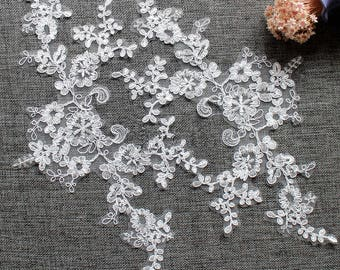 1 Pair Bridal Lace Applique Trim Appliques in Off White for Weddings, Sashes,   Veils, Headpieces, WL1494