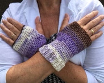Handmade crochet Wrist warmer, ladies fingerless gloves, womens crochet gloves.