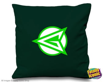 Arrow - Green Retro  (Dark) - TV Series Inspired Cushion/Pillow Cover - Oliver Queen -  Comic Book Hero - Star City