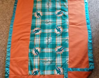 """Miami Dolphins """"color blocked"""" Blanket"""