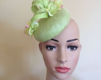 Lime Green Hat,Lime Pillbox,Green Wedding Hat,Green Pillbox Hat,Lime Green Ascot Hat,Pillbox Hat ,Pillbox Hat Green,Wedding Hat Lime Green