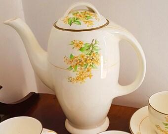 Stunning Burleigh Tea service in the BALMORAL design, very rare.