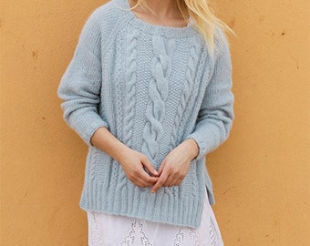 Color selection: Oversized merino/Alpaca sweater hand Knit