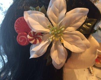 White ppoinsettia hair flower