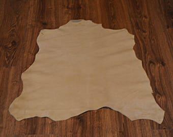 Beige lamb leather skin finish velvet (9244240)