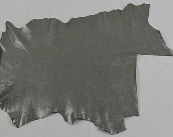 Coupon of silver goat leather (2017081601)