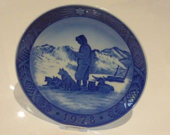 Royal Copenhagen Porcelain Christmas Plate 1978 Greenland Scenery