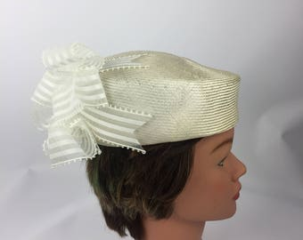 Womens Vintage 40's Mr John Classic White Round Pillbox Hat with Withe Ribbon