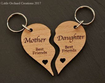 Mother daughter Keyring, Personalised Mother-Daughter Wooden Heart Keyring, Wooden Heart Keyring, Gift for Mum, Mum Birthday Gift, Mum