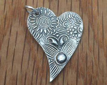 Pretty silver heart necklace, heart necklace, floral, silver heart, heart for mum, gift for mother, present for mum, Mothers Day, Mums Day