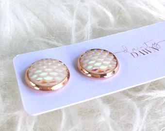 12mm White Mermaid : Stud Earrings