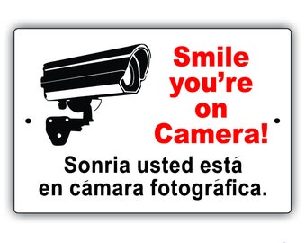 Smile You're On Camera Sonria Usted Esta En Camara Fotogrfica Spanish Sign
