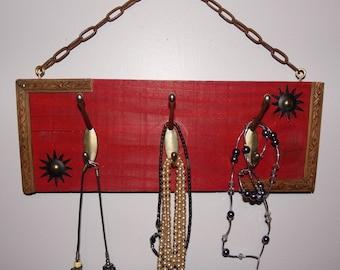 accroche bijoux mural en bois rangement colliers bracelets. Black Bedroom Furniture Sets. Home Design Ideas