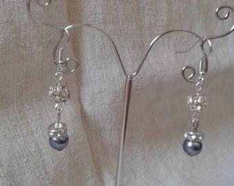"Earrings ""shamballa white and Pearly gray"""