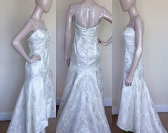 Lace Dress. Evening Gown. Bridal Gown. Bridesmaid Dress. - FREE SHIPPING!