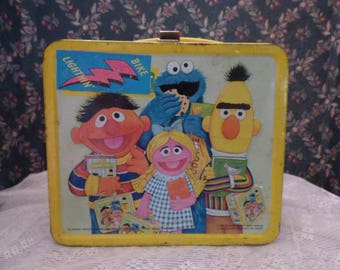 1979 Seasame Street metal  Lunch pail with thermos