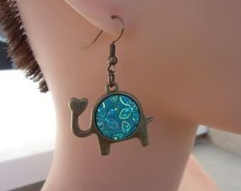"""Fancy """"a elephant love"""" earrings"""
