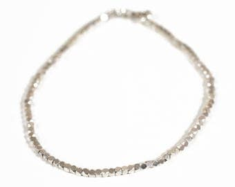 970/1000 silver faceted Beads Bracelet