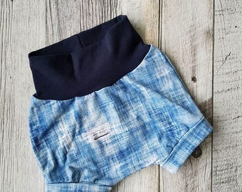 Scalable Shortie - effect holes jeans