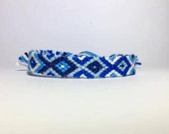 Bracelet blue colors 2.50