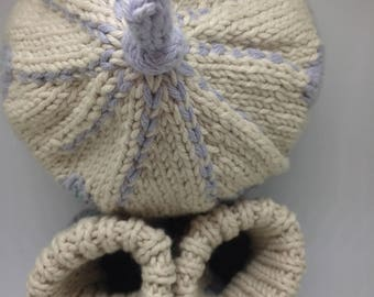 Organic Cotton Baby Booties and Hat Set