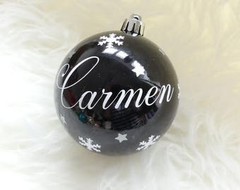 Christmas bauble personalised name