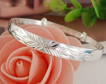 Womans Delicate Sterling Silver Bangle Bracelet