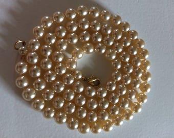 Vintage Glass Faux Pearl Necklace