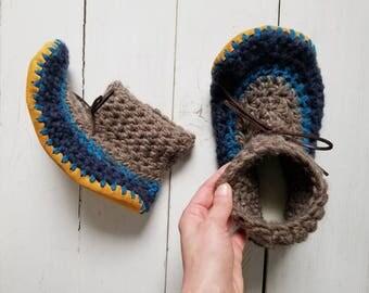 Men's slippers,Men's crochet slippers,Men's wool slippers,High cuff slippers,Cuff slippers,Crochet slippers,Leather sole slippers,Sheepskin