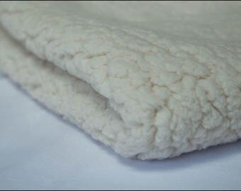 """Fabric lining """"Off-white Sherpa"""" coupon sold from 10 cm"""