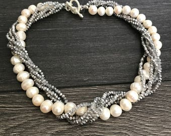 White pearls/faceted stone necklace