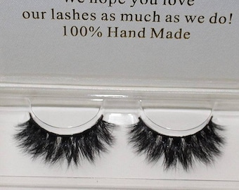 Miinachi Cosmetics 3D Wispy Lashes Against Animal Cruelty Hand Made Perfect lashes Soft Volumised