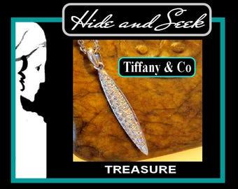 "Tiffany ""Feathers Collection"" diamond pendant 18k"