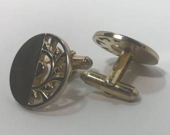 1970's | Vintage | Gold tone Cuff links