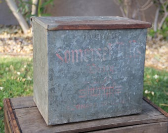 Vintage Dairy Box - Vintage Dairy Crate - Vintage Milk Carrier - Porch Milk Box - Metal Dairy Box - Metal Dairy Crate - Vintage Milk Box