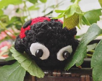 Little Ladybug Amigurumi, crocheted animal, insect, presentidea, luckycharm, keychain