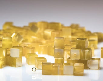 100 PCs. Gorgeous vintage moonglow lucie cube beads 8 mm Tuscan Sun Yellow-new from old stock-cubic beads pearl Beading Supplies