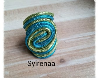 Apple green and turquoise color ribbed aluminum wire ring