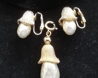 Sarah Coventry Gold Pendant or Earrings Set with Faux Pearl  --      #32