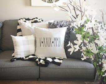 "Custom Wedding Date,  Pillow Cover, Farmhouse style, 18""x18"", Throw Pillow, Natural Pillow, Cushion Cover"