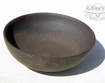 Tea bowl, black stoneware, by KaouennCeramics