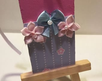 Gift tag clips
