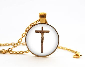 Catholic Gift Idea - Beautiful Crucifix Gold-Plated Round Pendant Necklace with 22-Inch Chain!