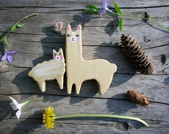 A small set of lamas, Mother and child llama, Waldorf toys, Animal toys, Wooden toys