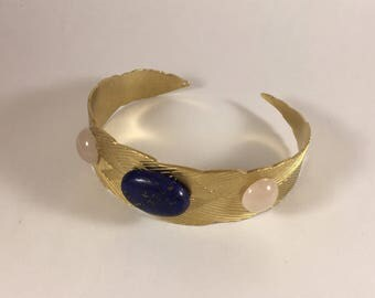 Pink quartz and lapis lazuli cabochons and gold Cuff Bracelet