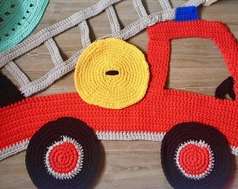 Big crochet rug for a boyroom firebrigade car - only this weekend special price.