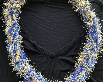 Two color finger knitted lei