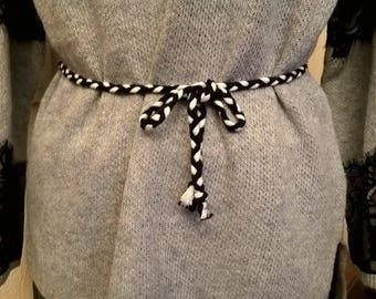 Braided belt in black and white cotton thread
