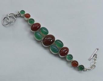 Carnelian bracelet, carnelian jewelry, carnelian beads, sacral chakra bracelet, fall bracelet, autumn bracelet, red and green bracelet