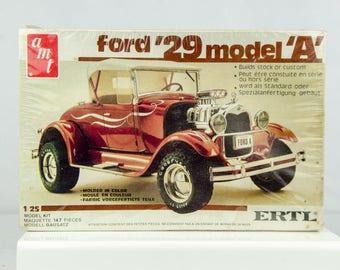 Factory Sealed Vintage AMT 1929 '29 Ford Model A 1/25 Scale Model Car